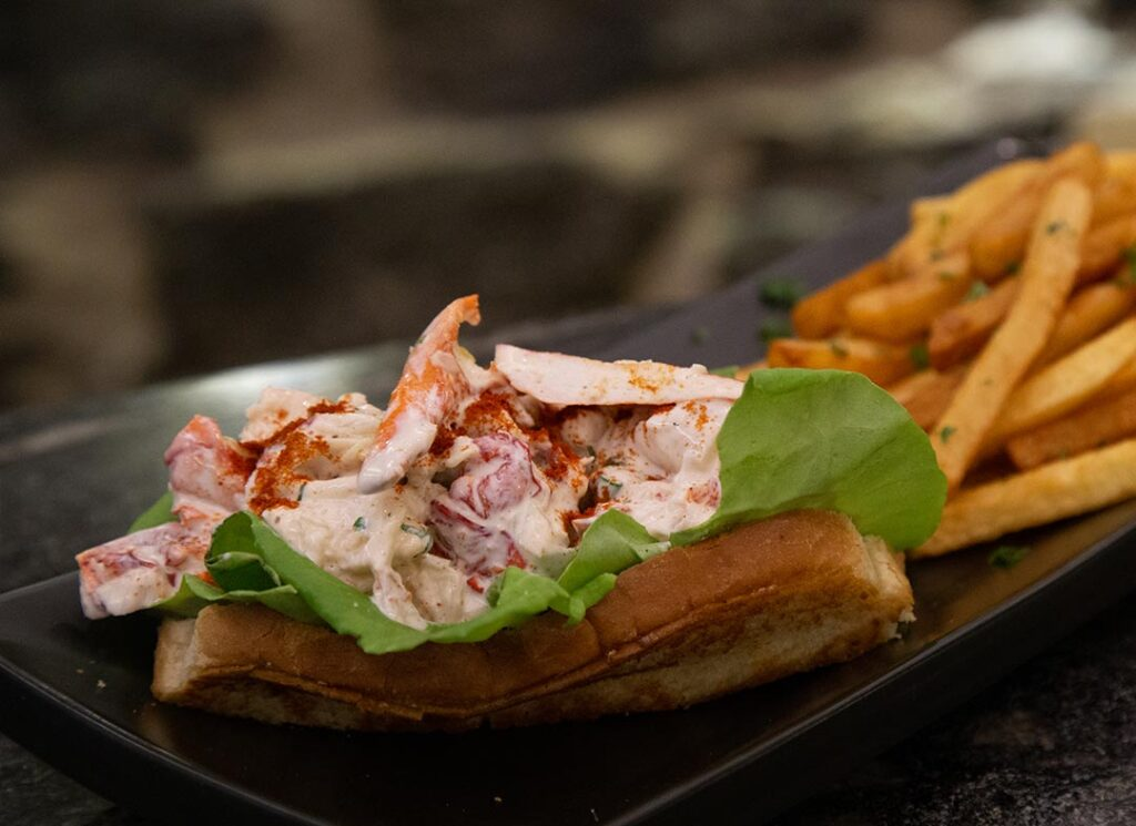 Lobster roll at Restaurant le Polisson in Old Montreal